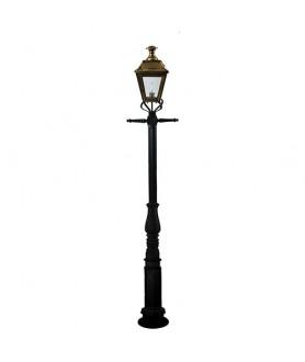 Fitzwilliam Medium Lantern Lamppost